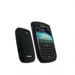 F. SILICONA BLACKBERRY 8900 NEGRA